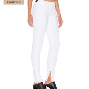 RtA white Sonia pull on jeans ankle slit raw hem